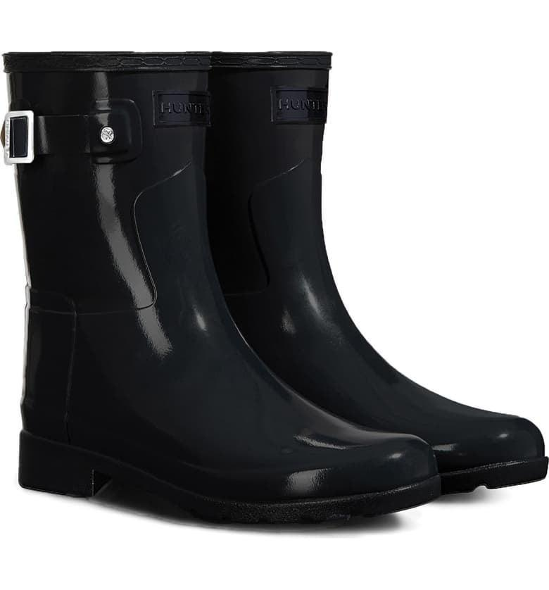 <p>These <span>Hunter Refined Short Gloss Rain Boots</span> ($155) are so sleek and sophisticated.</p>