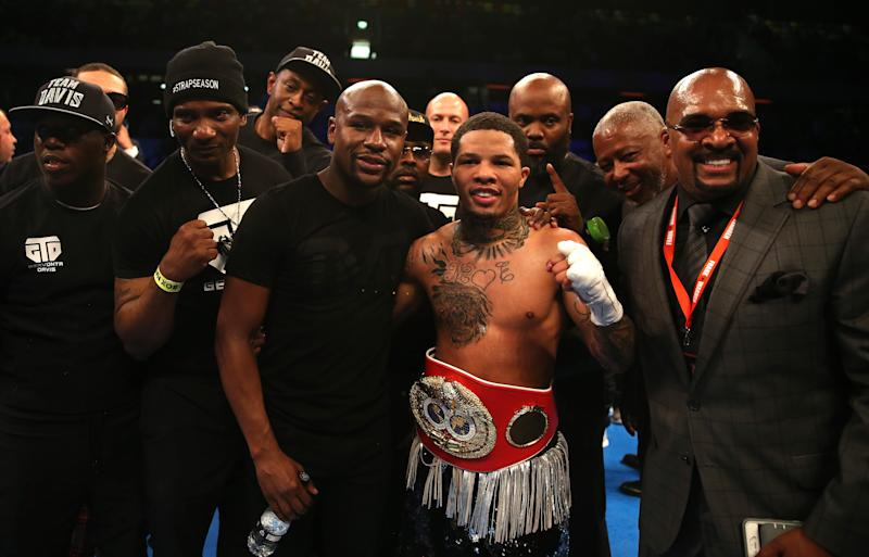 LONDON, ENGLAND - MAY 20: Gervonta Davis of The United States celebrates with Floyd Mayweather following victory against Liam Walsh of England in the IBF World Junior Lightweight Championship match at Copper Box Arena on May 20, 2017 in London, England. (Photo by Alex Pantling/Getty Images)