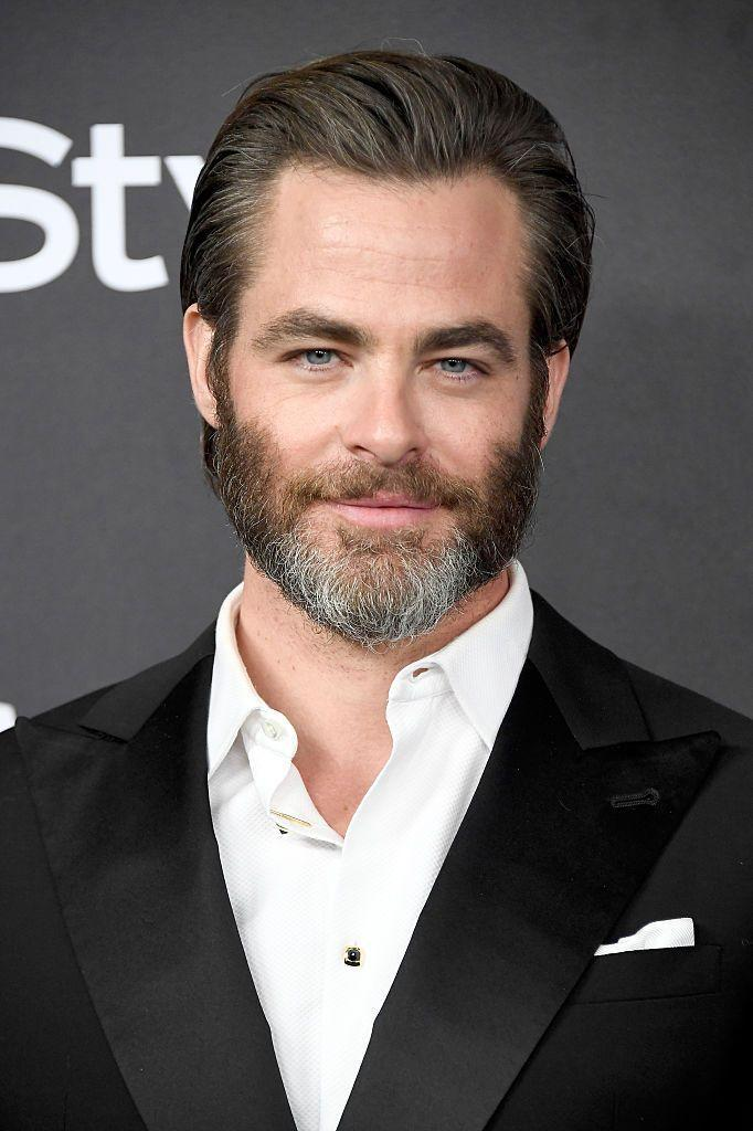<p>Pine isn't bashful about his graying hair, in fact he lets it go au natural when sporting a full beard. </p>