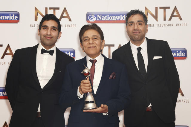 Baasit Siddiqui, Sid Siddiqui and Umar Siddiqui of Gogglebox with their award for Factual Entertainment during the 21st National Television Awards at The O2 Arena on January 20, 2016 in London, England. (Photo by Dave J Hogan/Dave J Hogan/Getty Images)