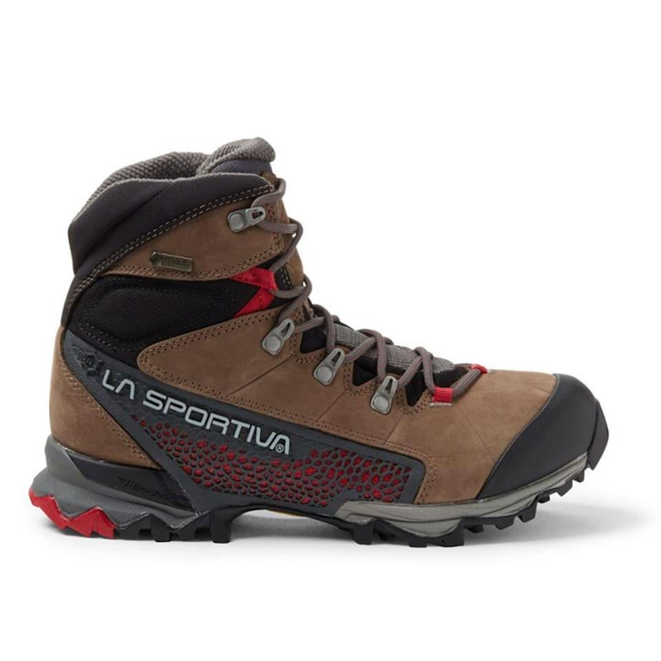"""<p><strong>La Sportiva</strong></p><p>rei.com</p><p><strong>$199.00</strong></p><p><a href=""""https://go.redirectingat.com?id=74968X1596630&url=https%3A%2F%2Fwww.rei.com%2Fproduct%2F113108%2Fla-sportiva-nucleo-high-gtx-hiking-boots-womens&sref=https%3A%2F%2Fwww.thepioneerwoman.com%2Ffashion-style%2Fg32317616%2Fbest-hiking-boots-for-women%2F"""" rel=""""nofollow noopener"""" target=""""_blank"""" data-ylk=""""slk:Shop Now"""" class=""""link rapid-noclick-resp"""">Shop Now</a></p><p>This sturdy hiking boot has a unique sole design that offers all-day comfort and unbeatable traction.</p>"""