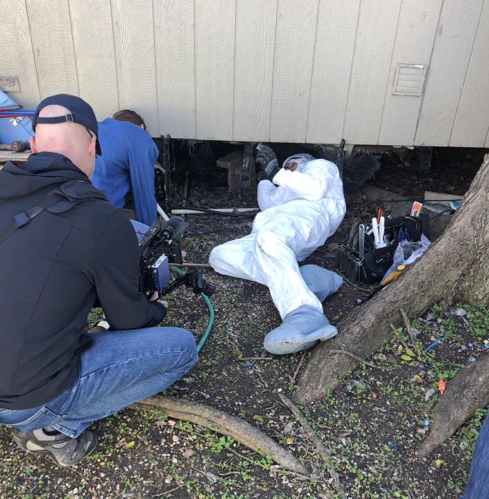 A Water Mission volunteer team works on home repairs in Austin, Texas (Water Mission)