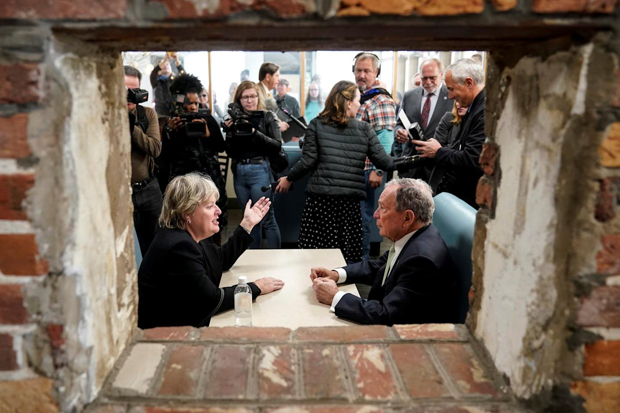 Former New York Mayor Michael Bloomberg speaks with Virginia House Delegate-elect Nancy Guy after launching his presidential campaign in the D'Egg cafe in Norfolk, Virginia on November 25, 2019. (Photo: Joshua Roberts/Reuters)