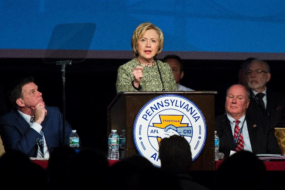 Democratic presidential candidate Hillary Clinton speaks at a labor organization gathering, April 6, 2016 in Philadelphia, Pennsylvania (AFP Photo/Dominick Reuter)