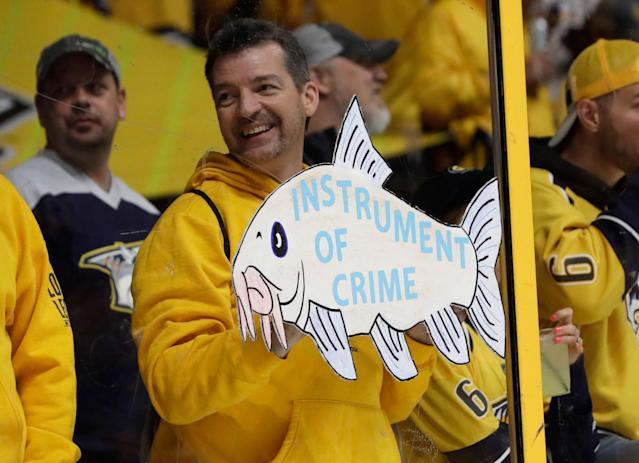 <p>This guy gets it. (Mark Humphrey/AP) </p>
