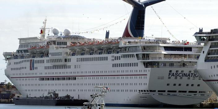 Carnival Fascination cruise in 2002.JPG