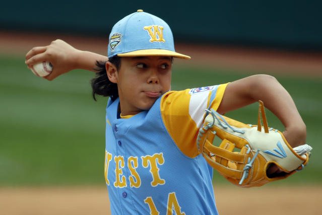 Honolulu, Hawaii's Ka'olu Holt delivers in the first inning of the Little League World Series Championship baseball game against South Korea n South Williamsport, Pa., Sunday, Aug. 26, 2018. (AP Photo/Gene J. Puskar).
