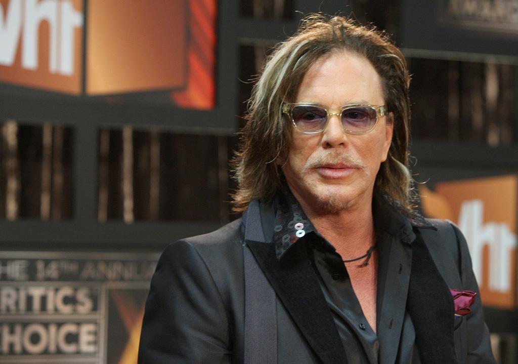"""<a href=""""http://movies.yahoo.com/movie/contributor/1800010853"""">Mickey Rourke</a> at the 14th Annual Critics' Choice Awards in Santa Monica - 01/08/2009"""