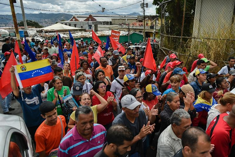 Government supporters hold a rally in support of Venezuelan President Nicolas Maduro in Caracas (AFP Photo/Luis ROBAYO)