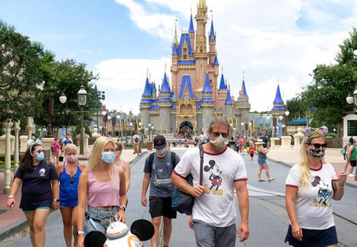 Temperature checks are over at Walt Disney World Resort and Universal Orlando Resort. Outdoor mask rules have ended too, with some exceptions. The Orlando theme parks still have an indoor mask policy.