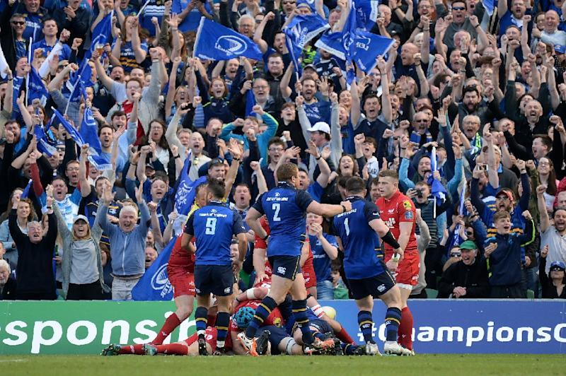 Leinster sweep Scarlets aside to reach Champions Cup final