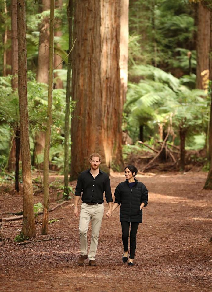 """<p>Meghan bundled up in Harry's jacket for the<a rel=""""nofollow"""" href=""""https://www.townandcountrymag.com/society/tradition/g24441813/meghan-markle-prince-harry-final-day-royal-tour-new-zealand-rotorua-photos/""""> last engagement of the royal tour.</a> The couple will return to London after spending 16-days visiting countries of the Oceania region.</p>"""