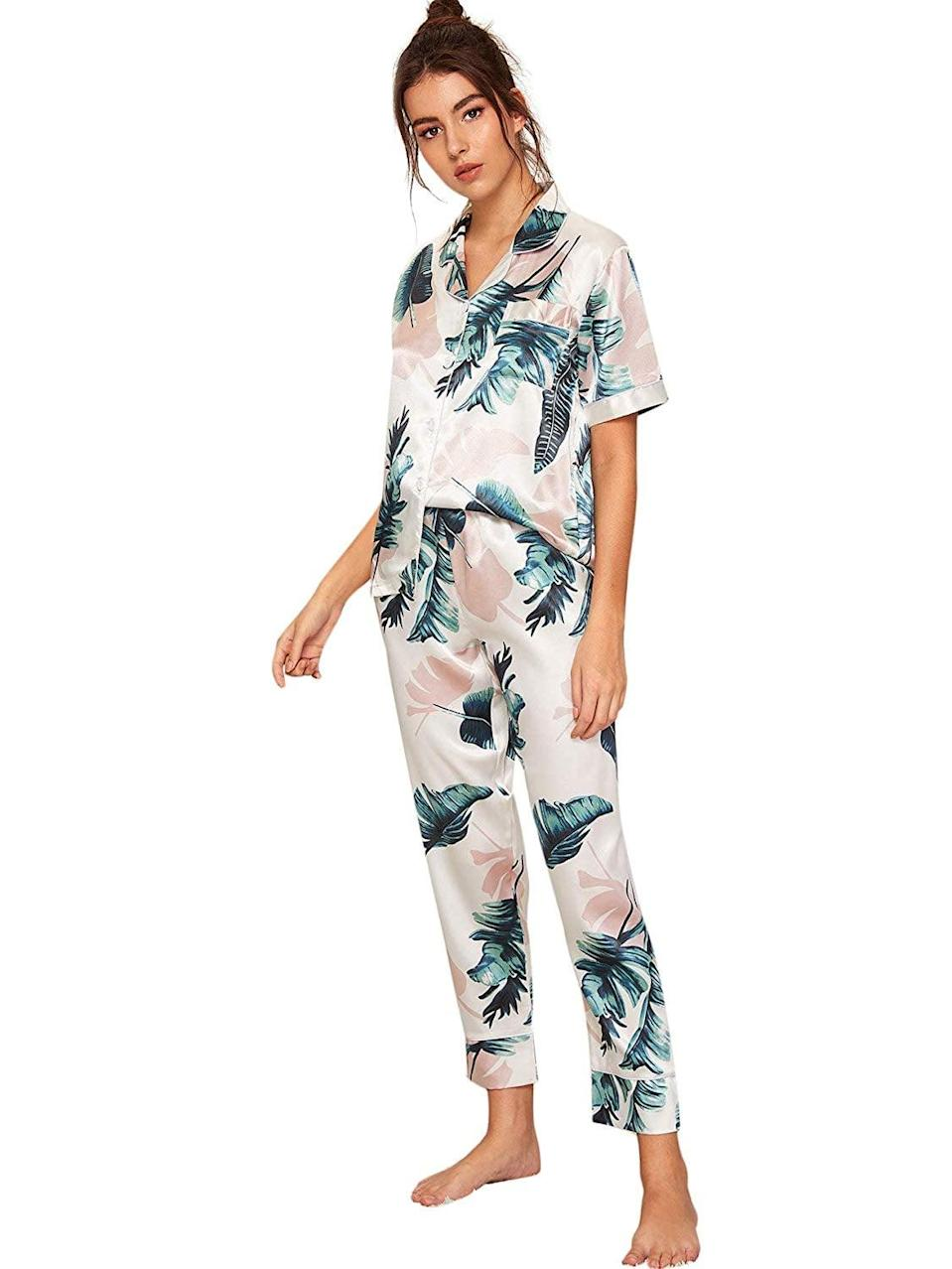 <p>Match the tropical print of this <span>Floerns Printed Pajama Set</span> ($24) with your next tropical destination. Or, skip the plane and wear them around the house (when the air condition is on too high).</p>