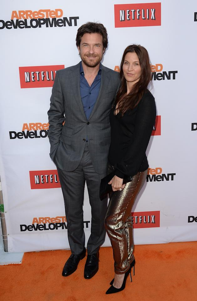 "HOLLYWOOD, CA - APRIL 29:  Jason Bateman and Amanda Anka arrive at the TCL Chinese Theatre for the premiere of Netflix's ""Arrested Development"" Season 4 held on April 29, 2013 in Hollywood, California.  (Photo by Jason Merritt/Getty Images)"