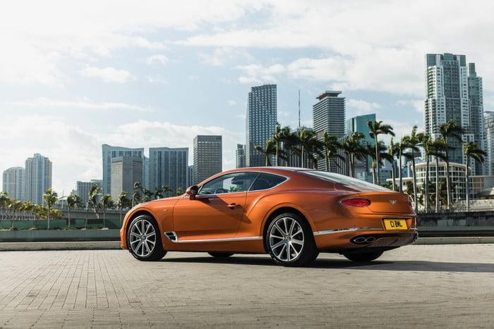 bentley continental gt v8 7 2 700x467 c
