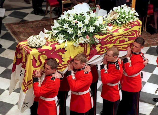 "<p>The funeral of Princess Diana was, just like her marriage to Prince Charles, a global spectacle that saw 2.5 billion people watching along. According to the <a href=""http://www.mirror.co.uk/news/uk-news/princess-dianas-funeral-how-secrets-10507016"" rel=""nofollow noopener"" target=""_blank"" data-ylk=""slk:Mirror UK"" class=""link rapid-noclick-resp""><em>Mirror UK</em></a> , Diana's body was enclosed inside a 700 lbs. lead lined coffin and following the public funeral she was laid to rest in a private ceremony at the Althorp Estate. <em>The Sun</em> <a href=""https://www.thesun.co.uk/news/4110467/princess-diana-grave-althorp-estate-spencer/"" rel=""nofollow noopener"" target=""_blank"" data-ylk=""slk:details"" class=""link rapid-noclick-resp"">details</a> the burial site as ""located on an island in the middle of an ornamental lake on the estate."" The Spencer family has owned the Althorp Estate since 1508. </p>"