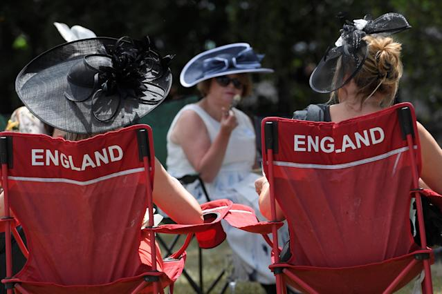 Horse Racing - Royal Ascot - Ascot Racecourse, Ascot, Britain - June 23, 2017 Racegoers have lunch in the car park before the races REUTERS/Toby Melville