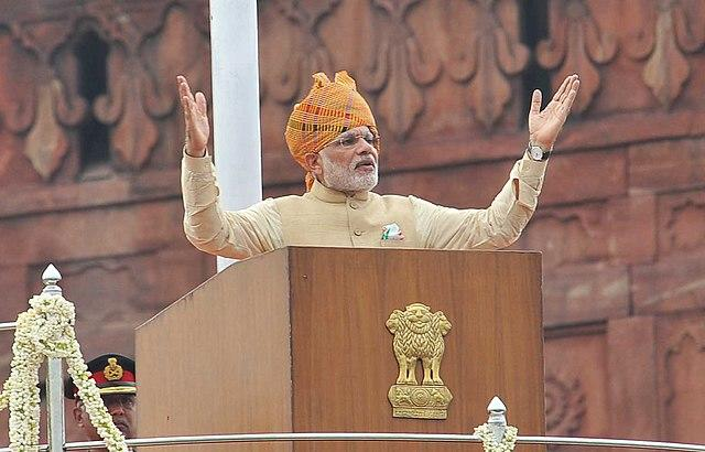 While former Prime Minister Manmohan Singh, and those before him including even Atal Bihari Vajpayee, who was a known orator, have opted to read out from prepared speeches, PM Modi has spoken extempore. His speeches have also been the longest. Where all the previous PMs, except for Pandit Jawaharlal Nehru, restricted their speeches to below 50 minutes, Modi's speeches have lasted anywhere between 50 and 95 minutes. In 2014, he spoke for 65 minutes, while in 2016 he touched 94 minutes. However, after acknowledging that he had been receiving complaints about his extra-long speeches, Modi cut down the length in 2017, bringing it down to 56 minutes – the shortest he had spoken. In 2018, however, Modi returned to his usual length and spoke for 80 minutes. How long he will speak in 2019 is anybody's guess. Image credit: By Prime Minister's Office