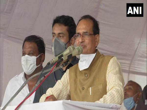 Madhya Pradesh Chief Minister Shivraj Singh Chouhan speaking at an event in Bhopal on Sunday. (Photo/ANI)