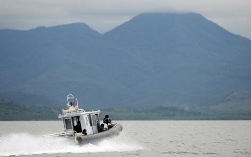 Two Vietnamese fishermen dead in Philippine navy chase