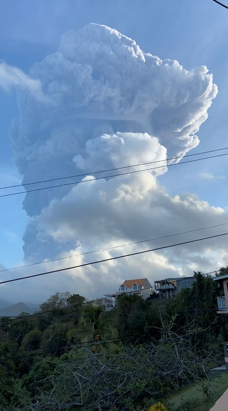 Smoke billows from the La Soufriere volcano in St Vincent