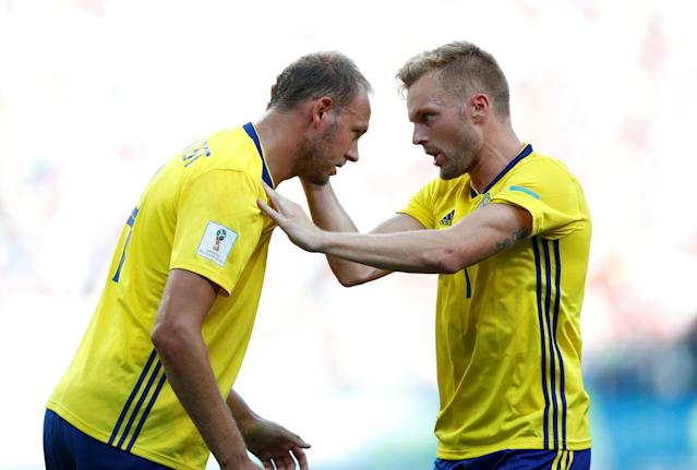 Soccer Football - World Cup - Group F - Sweden vs South Korea - Nizhny Novgorod Stadium, Nizhny Novgorod, Russia - June 18, 2018 Sweden's Andreas Granqvist celebrates with Sebastian Larsson after scoring their first goal REUTERS/Matthew Childs
