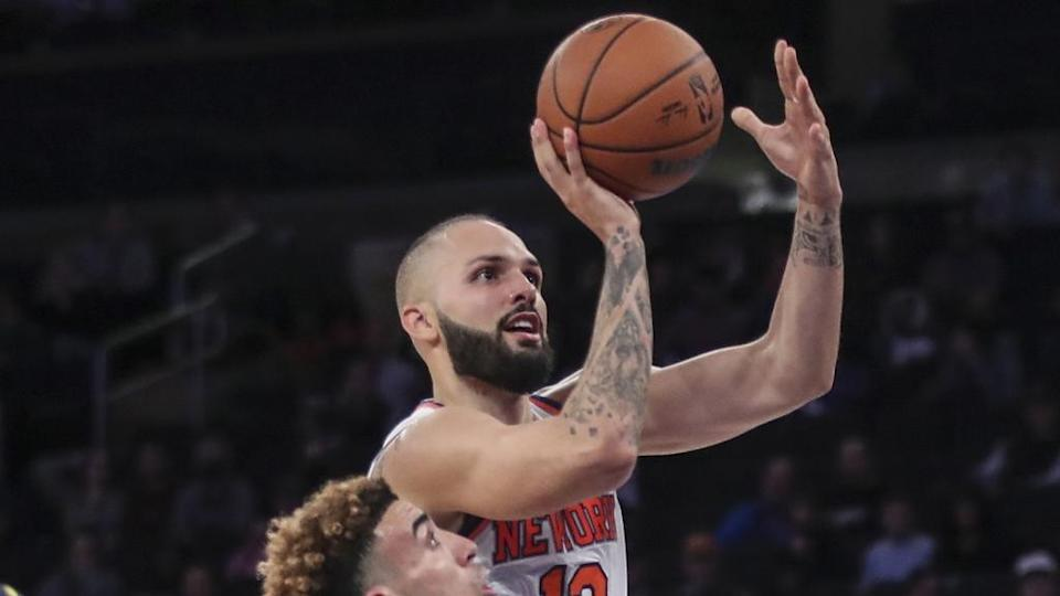 Evan Fournier floater 10/5 cropped