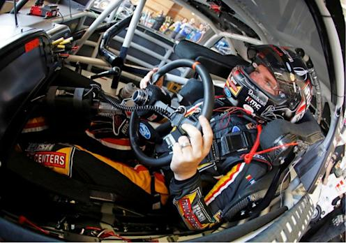 KMC Wheels Welcomes Clint Bowyer
