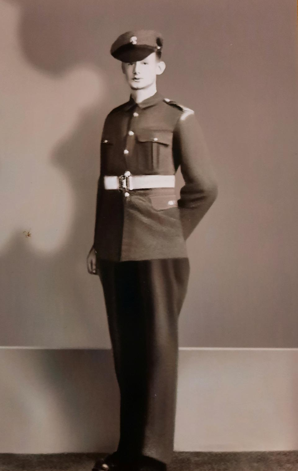 "Ron aged 17 in his Grenadier Guards uniform. See SWNS story SWLEcouple; A husband and wife who met in their teens have become one of Britain's longest married couples after they celebrated their 80th wedding anniversary. Ron Golightly met his beloved Beryl when he was just 16 when one of his pals wolf-whistled at his future wife's friends as they walked past the group in the street. A 14-year-old Beryl turned round to see what was going on and instantly fell in love with Ron's curly hair and cheeky smile and the pair have been inseparable ever since. Beryl, now 98, said of Ron, now 100: ""I just knew as soon as I saw him I was going to marry him. ""I was 14 and Ron was 16, it was very much love at first sight. ""A couple of days later we spoke again and went for a walk, we were more or less a couple straight away. ""I thought he had whistled at me and I just fell in love with his cheeky grin straight away."" The couple tied the knot in their hometown of Harrogate, North Yorks., in 1941 while Ron, who served in the Brigadier Guards, was on leave from the Army during World War II."