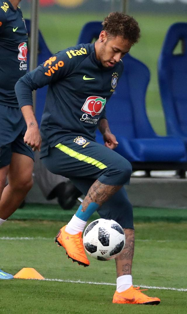 Football Soccer - World Cup 2018 - Brazil national soccer team training - Granja Comary, Teresopolis, Brazil - May 24, 2018 - Neymar in action. REUTERS/Pilar Olivares