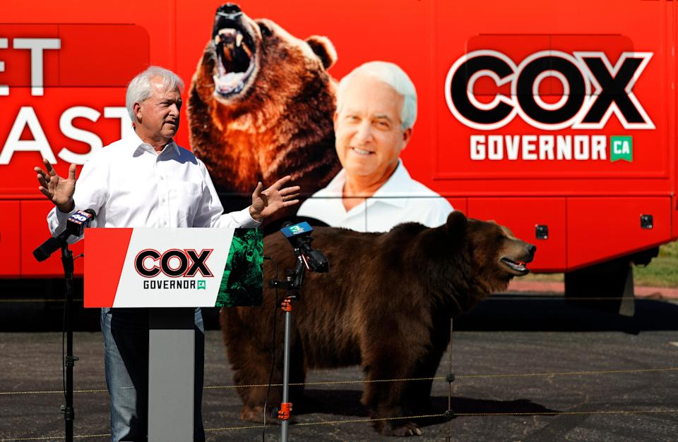 A 1,000 pound bear walks behind California republican gubernatorial candidate John Cox as he speaks during a campaign rally at Miller Regional Park on May 04, 2021 in Sacramento, California. (Getty Images)