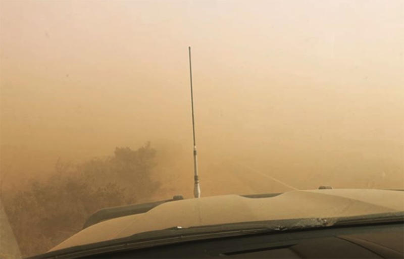 Elsewhere in Truro on Thursday, thick dust could also be seen blanketing the roads. Source: bamsnaturegirl / Instagrem