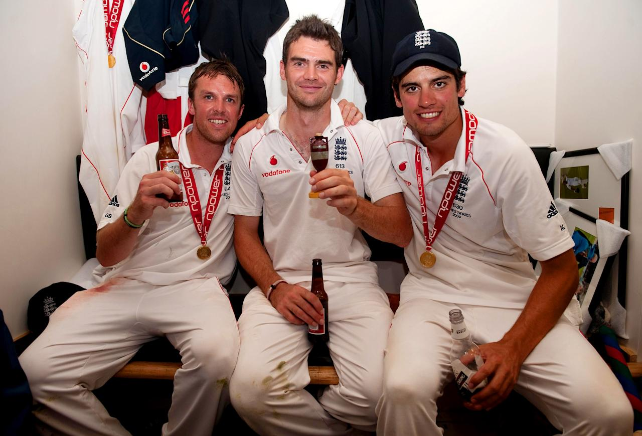 LONDON - AUGUST 23:  (L-R) Graeme Swann, James Anderson and Alastair Cook of England celebrate with the Ashes Urn in the changing room following the fifth npower Test Match at the Oval on august 23, 2009 in London, England.  (Photo by Gareth Copley/Pool/Getty Images)