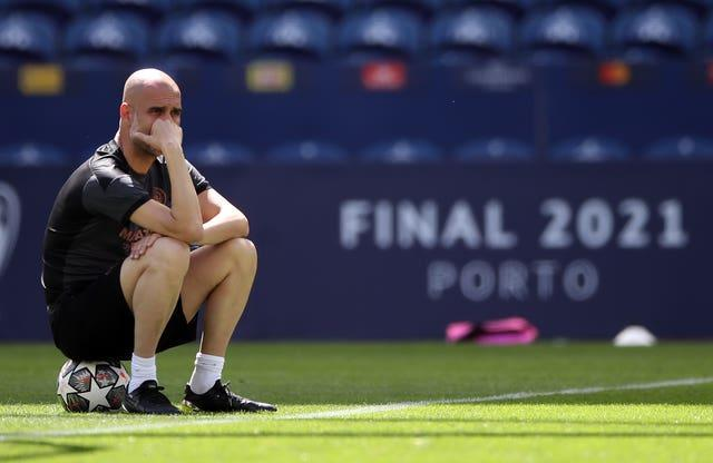 Guardiola oversaw City's final training session in the Estadio do Dragao