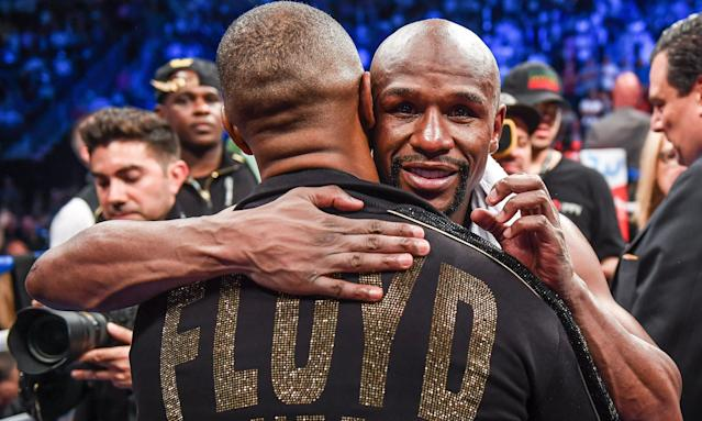 Floyd Mayweather Jr said a UFC deal could earn $1bn.