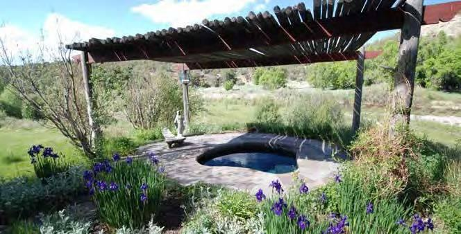 """<p>The landscape embraces recreation areas outdoors. <i>(Photo: <a href=""""http://bit.ly/1oZ16Zz"""" rel=""""nofollow noopener"""" target=""""_blank"""" data-ylk=""""slk:Swan Land Company"""" class=""""link rapid-noclick-resp"""">Swan Land Company</a>)</i><br></p>"""
