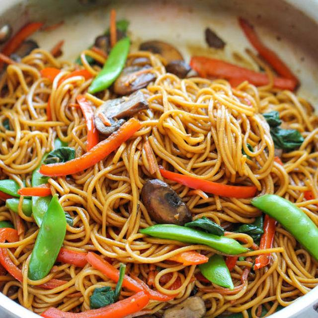 """<p>15-minute lo mein? Yeah, dreams really do come true. (Especially considering this version is much healthier than take-out!)</p><p><strong>Get the recipe at <a rel=""""nofollow"""" href=""""http://damndelicious.net/2014/10/03/easy-lo-mein/"""">Damn Delicious</a>.</strong></p>"""