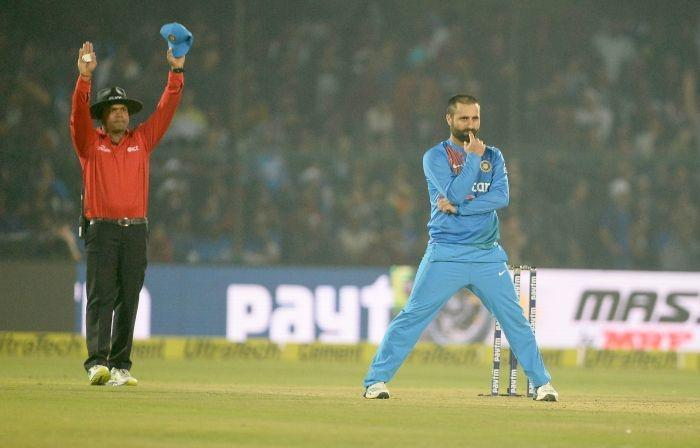 Did Parvez Rasool Insult National Anthem During T20 Vs England? At Least The Internet Thinks So