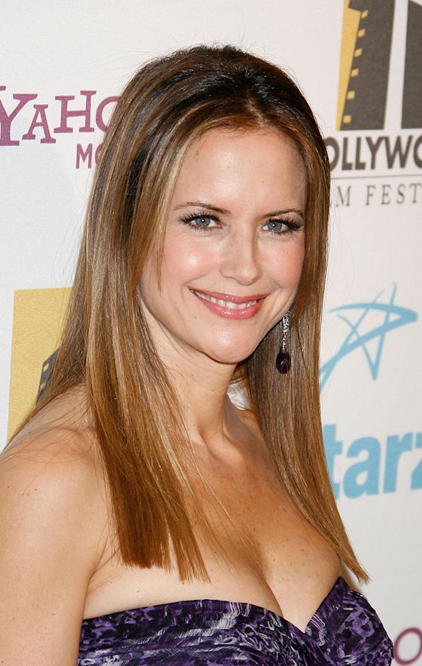 "<a href=""http://movies.yahoo.com/movie/contributor/1800016652"">Kelly Preston</a> at the Hollywood Film Festival's Hollywood Awards in Beverly Hills - 10/22/2007"