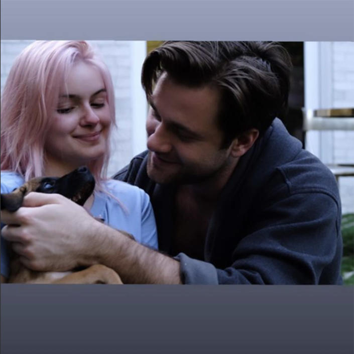 There were also, of course, plenty of photos showing Winter and Benward snuggling with the precious pup. (@arielwinter / Instagram)