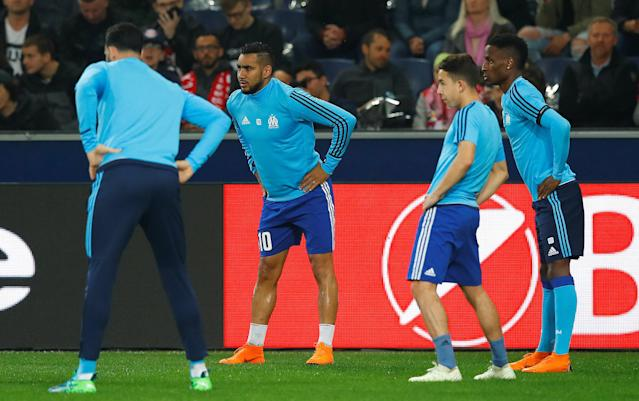Soccer Football - Europa League Semi Final Second Leg - RB Salzburg v Olympique de Marseille - Red Bull Arena, Salzburg, Austria - May 3, 2018 Marseille's Dimitri Payet and team mates during the warm up before the match REUTERS/Leonhard Foeger