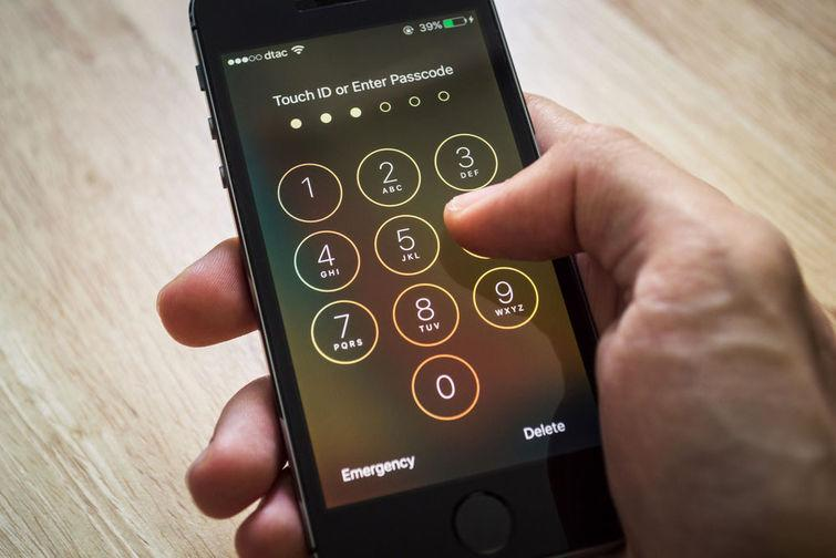 Stolen Apple IDs Can Hold Your iPhone Hostage
