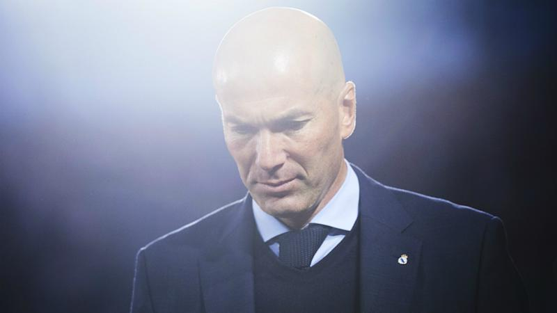 Zinedine Zidane waiting for Manchester United approach