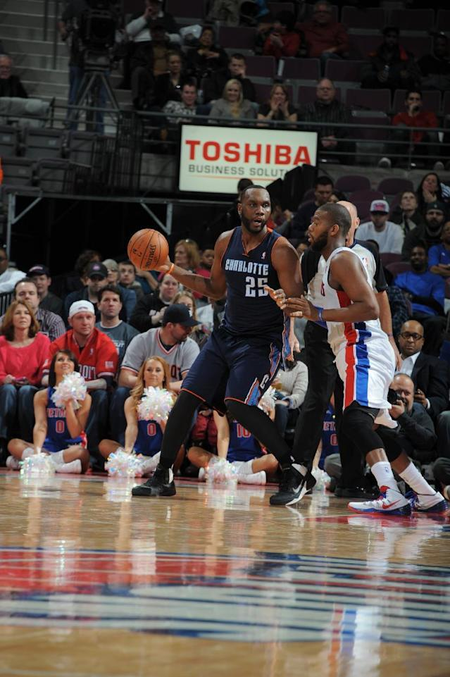 AUBURN HILLS, MI - FEBRUARY 18: Al Jefferson #25 of the Detroit Pistons looks to pass the ball against the Charlotte Bobcats during the game on February 18, 2014 at The Palace of Auburn Hills in Auburn Hills, Michigan. (Photo by Allen Einstein/NBAE via Getty Images)