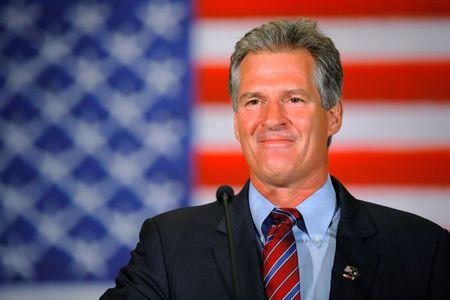 Republican candidate for the U.S. Senate Scott Brown speaks to supporters after winning the Republican primary  in Concord