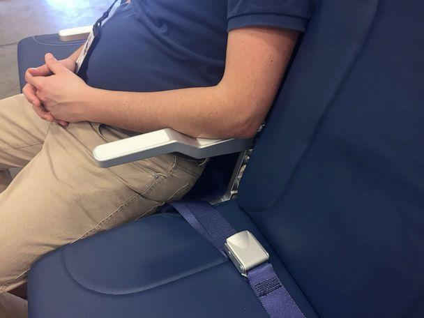 PHOTO: Molon Labe Seating's S1 design staggers the aircraft's three-seat arrangement so that the middle seat is a few inches lower, and sits slightly behind the aisle and window seat, increasing the middle seat width by about three inches. (Molon Labe Seating)