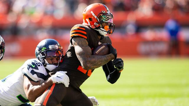 Browns squander early lead, can't overcome miscues as Seahawks continue surge