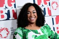 """<ul> <li><strong>On </strong><a rel=""""nofollow noopener"""" href=""""http://www.eonline.com/news/892439/shonda-rhimes-admits-that-grey-s-anatomy-won-t-ever-go-on-without-star-ellen-pompeo"""" target=""""_blank"""" data-ylk=""""slk:her pact with Pompeo"""" class=""""link rapid-noclick-resp""""><strong>her pact with Pompeo</strong></a>: """"Ellen and I have a pact that I'm going to do the show as long as she's going to do the show. So the show will exist as long as both of us want to do it. If she wants to stop, we're stopping. So I don't know if we'll see 600, but I want to keep it feeling fresh. As long as there are fresh stories to tell and as long as we're both excited about the stories being told, we're in. So, we'll see where that takes us.""""</li> <li><strong>On<a rel=""""nofollow noopener"""" href=""""http://www.etonline.com/media/videos/shonda-rhimes-says-theres-no-ending-mind-greys-anatomy-exclusive-90564"""" target=""""_blank"""" data-ylk=""""slk:the ending"""" class=""""link rapid-noclick-resp""""> the ending</a></strong>: """"You know, I don't think about it with an ending. There's no ending in mind anymore. I used to have all of these endings planned, but we passed one of them in season three and one of them in season five and one of them in season eight, so I've given up. I've given up planning endings.""""</li> </ul>"""