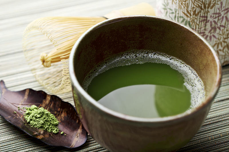 A new study finds that a green tea polyphenol may be an effective tool in treating sensitive teeth and cavity prevention. (Photo: Getty Images)