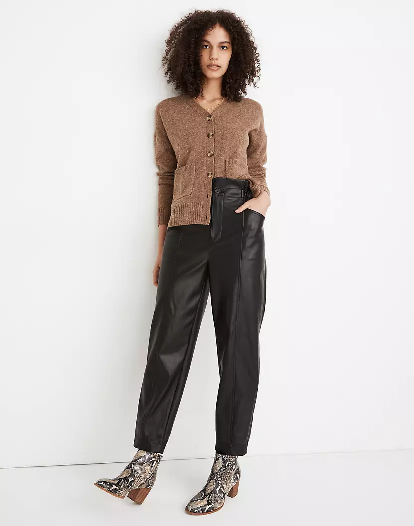 "<br><br><strong>Madewell</strong> Vegan Leather Pull-On Paperbag Pants, $, available at <a href=""https://go.skimresources.com/?id=30283X879131&url=https%3A%2F%2Ffave.co%2F37GDnem"" rel=""nofollow noopener"" target=""_blank"" data-ylk=""slk:Madewell"" class=""link rapid-noclick-resp"">Madewell</a>"